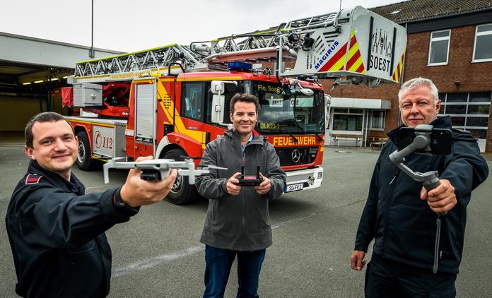 Sachspendenübergabe der Stadtwerke Soest an die Feuerwehr Soest